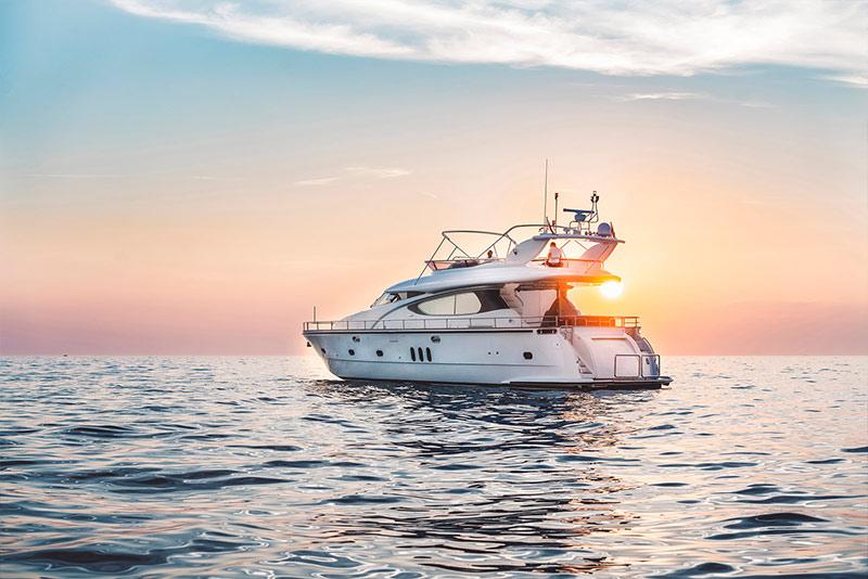 brokerage and marine surveys- Yacht International